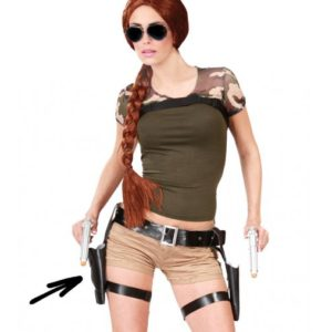 Guirca Pás s pistolemi - Lara Croft
