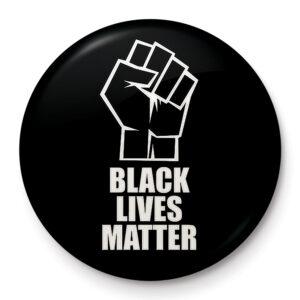 Pyramid Odznak Black Lives Matter